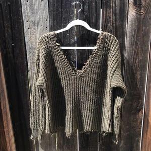 4si3nnai Buckle Chunky Knit V Neck Sweater